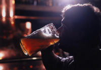 Fábrica de cerveza checa en la ciudad de praga