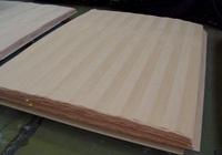 Chapas de madera ensambladas